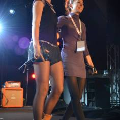 Team Julie Boehm and Ramona Schlössinger on stage