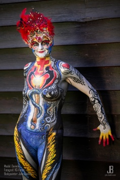 Paramedic Bodypainting